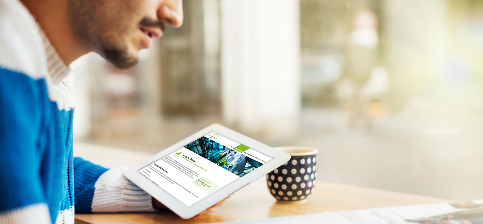 content-referenzen-details-neswiss-tablet-illustration-desktop